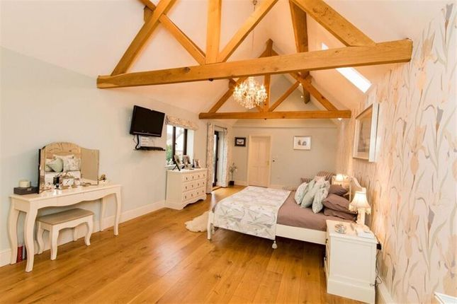 Thumbnail Detached house for sale in Harrowby Lane, Grantham