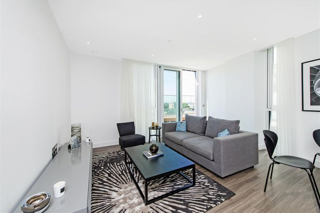2 bed flat to rent in Pinto Tower, Nine Elms Point, 4 Hebden Place, Nine Elms