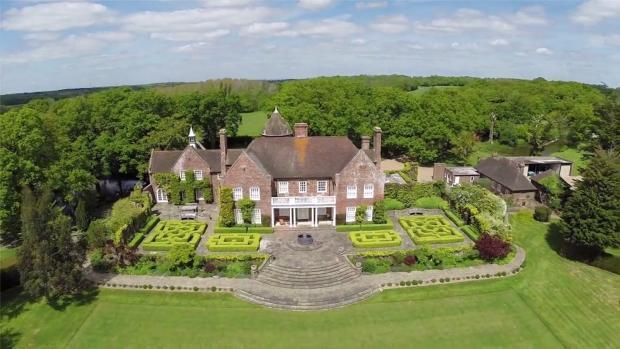 Thumbnail Property to rent in Peasmarsh, East Sussex
