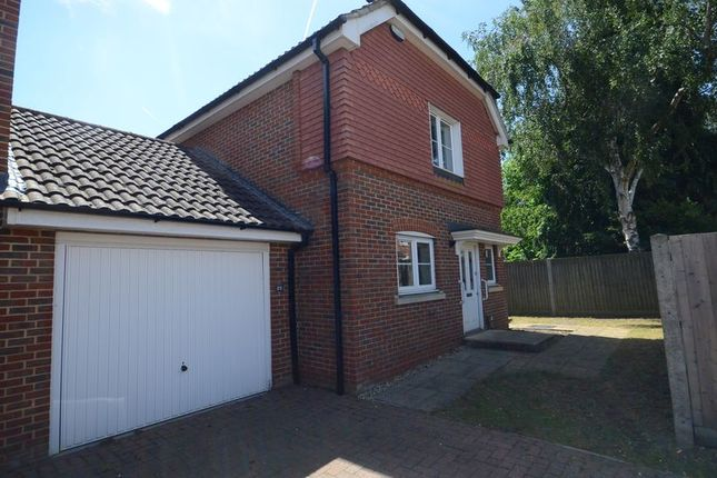 Thumbnail Semi-detached house to rent in Maytree Walk, Caversham, Reading