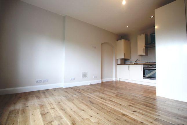 Thumbnail Flat to rent in Okehampton Road, Kensal Rise