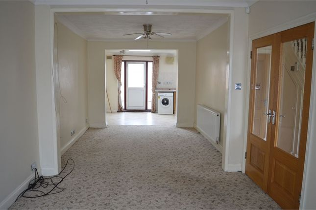 Thumbnail Terraced house to rent in Lyndhurst Avenue, Southall, Middlesex