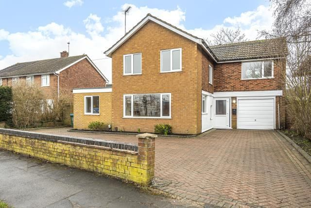 Thumbnail Detached house for sale in Camborne Avenue, Aylesbury