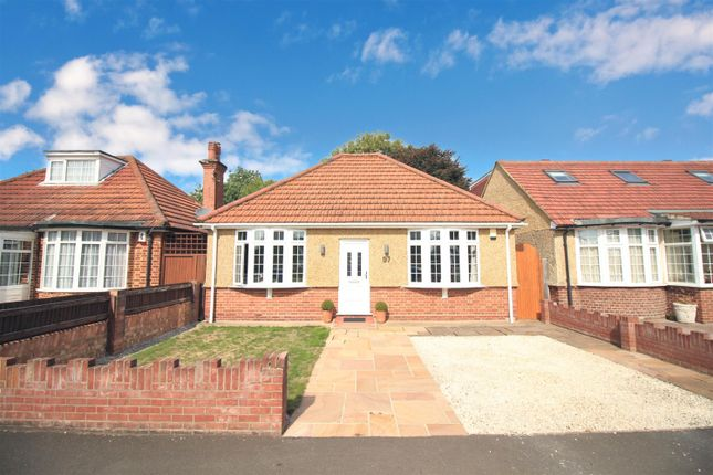 Thumbnail Detached bungalow for sale in The Vale, Heston, Middlesex