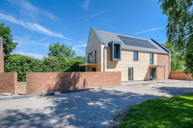 Thumbnail Detached house for sale in Leicester Road, Sharnford, Hinckley