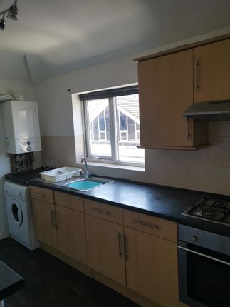 Thumbnail Flat to rent in Stacey Road, Cardiff