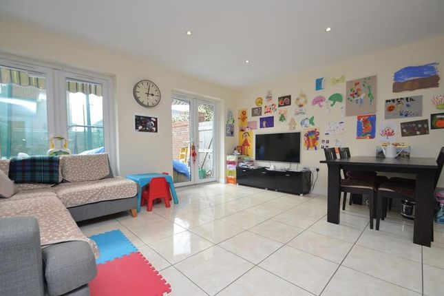 Thumbnail Semi-detached house to rent in Kenmare Close, Ickenham
