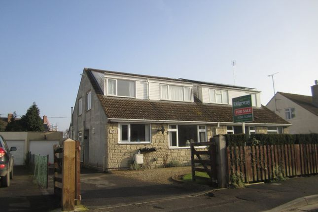 Thumbnail Property for sale in Moor Lane, Fairford