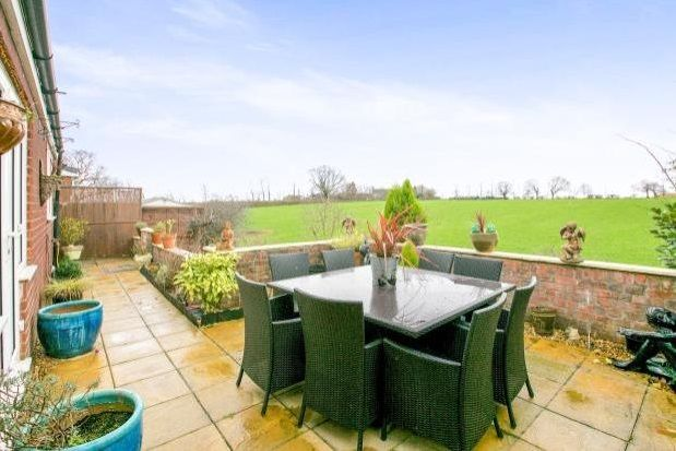 Thumbnail Property to rent in Shores Green Drive, Wincham