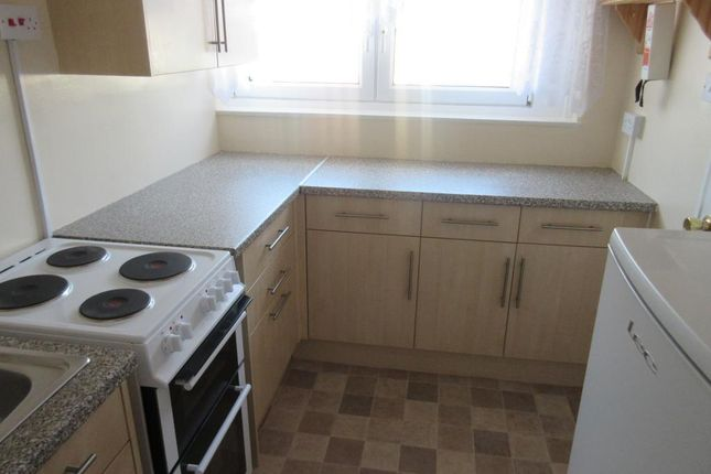Thumbnail Flat to rent in Curtis Street, Devonport, Plymouth, Devon