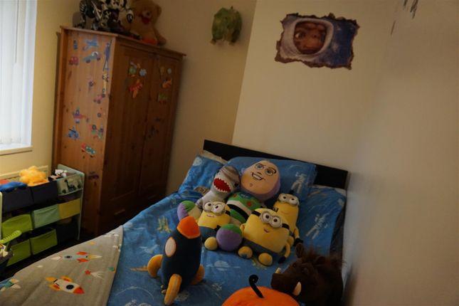 Bedroom 2 of Fifth Avenue, Woodlands, Doncaster DN6
