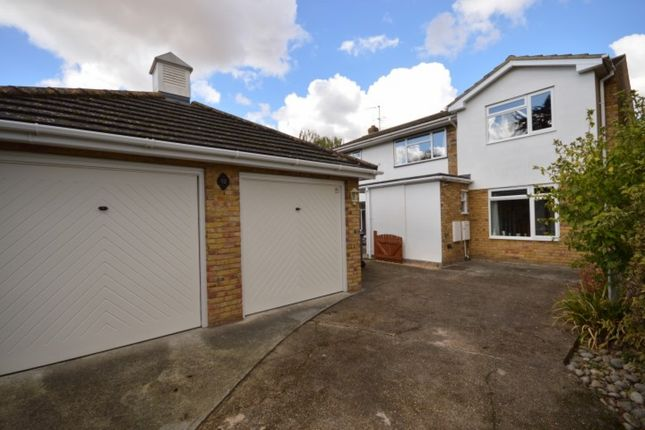 5 bed detached house for sale in Butlers Close, Broomfield, Chelmsford