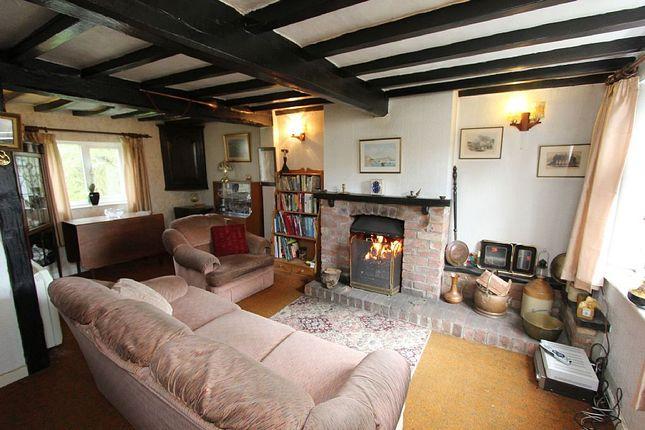 Thumbnail Cottage for sale in Crab Lane, North Muskham, Newark, Nottinghamshire