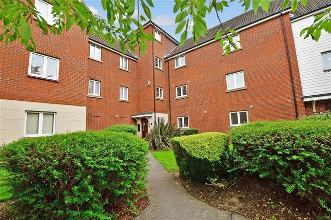 2 bed flat for sale in Hevingham Drive, Chadwell Heath, Romford, Essex RM6