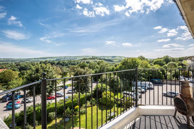 Thumbnail Flat for sale in St. Annes Crescent, Lewes