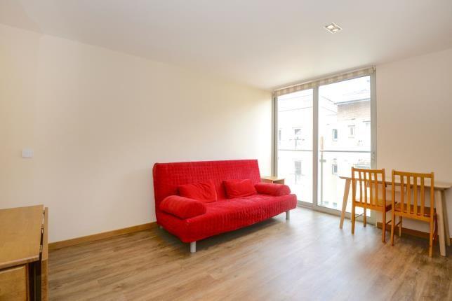 Living Room of Kingtson Upon Thames, Surrey, England KT2