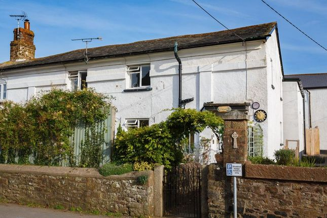 2 bed semi-detached house to rent in Copplestone, Crediton