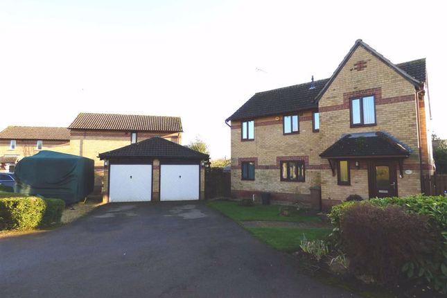 Thumbnail Detached house for sale in Oak Drive, Woodford Halse, Northants