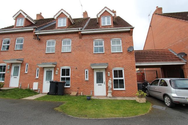 3 bed town house to rent in Frost Fields, Castle Donington DE74