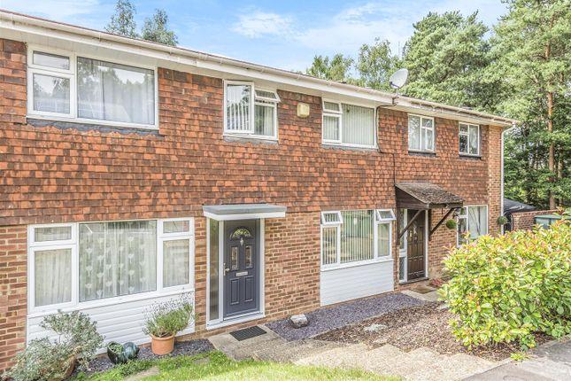 624695 (12) of Grampian Road, Sandhurst, Berkshire GU47