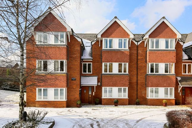Thumbnail Flat to rent in Salisbury Road, Marlborough