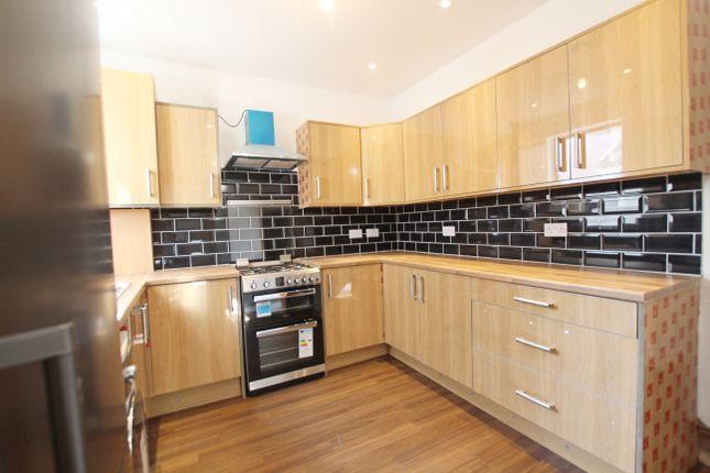 Thumbnail Room to rent in Blackburn Road, Great Harwood, Blackburn