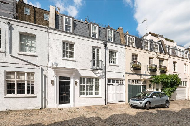 Picture No. 17 of Eaton Mews North, Belgravia, London SW1X