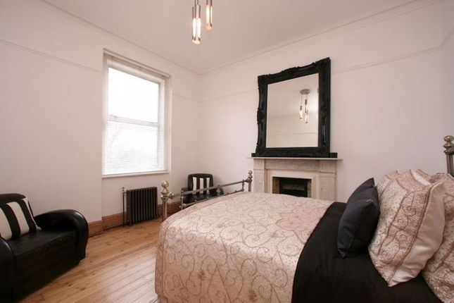 Photo 5 of College Mansions, Winchester Avenue, Queens Park, London NW6