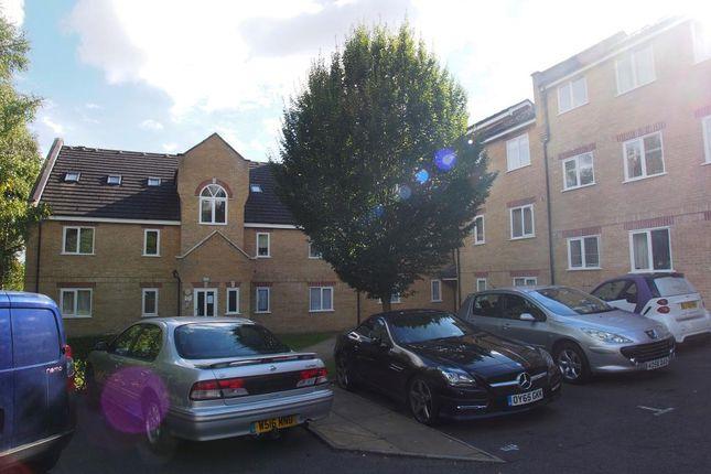 Thumbnail Flat for sale in Kirkland Drive, London