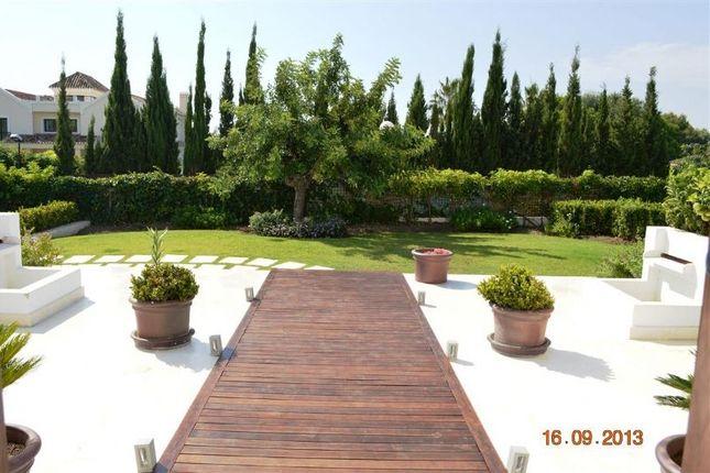 Villa for sale in Milla De Oro, Malaga, Spain