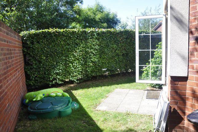 Patio Garden of Pinbridge Mews, Pinhoe, Exeter EX4