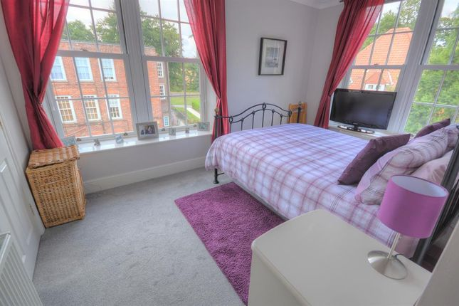 Bedroom 1 of Hall Park Road, Hunmanby, Filey YO14