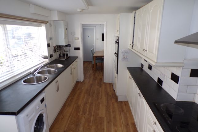 Room to rent in St Helens Avenue, Brynmill Swansea SA1