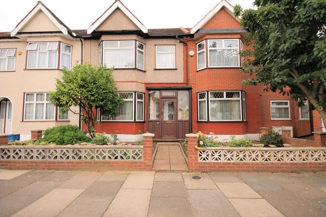 Thumbnail Detached house for sale in Littlemoor Road, Ilford