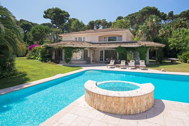 Villa for sale in Cap D'antibes, French Riviera, France
