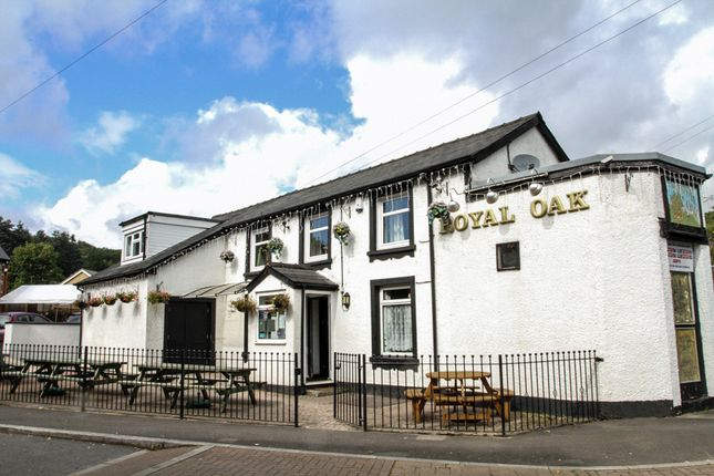 Thumbnail Pub/bar for sale in Monmouthshire NP4, Monmouthshire