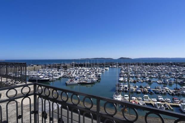 Thumbnail Flat for sale in Glategny Esplanade, St Peter Port, Guernsey