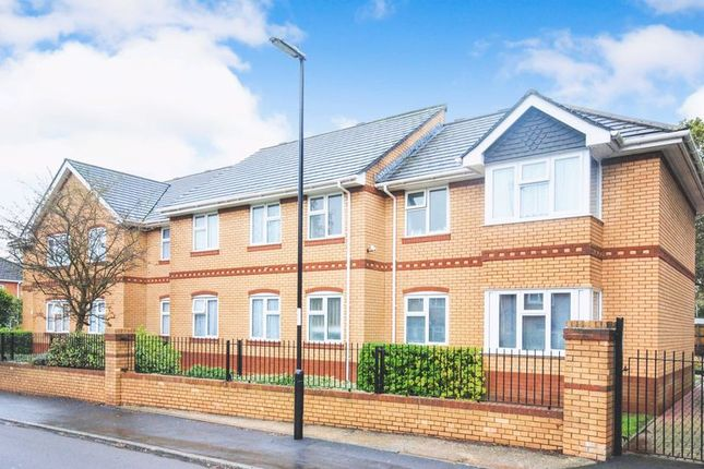 Thumbnail Flat for sale in Shales Road, Southampton