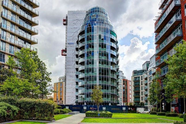 Thumbnail Flat for sale in Juniper Drive, London