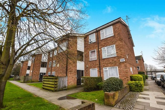 Thumbnail Flat for sale in Taylor Close, London