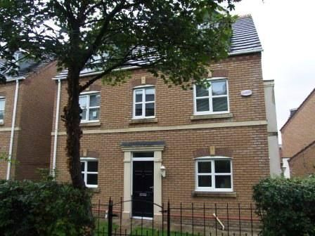 Thumbnail Property to rent in Ladybank Avenue, Fulwood, Preston