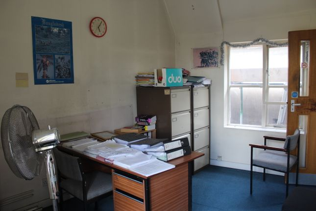 Rear Office of Hamstead Road, Handsworth, Birmingham B20