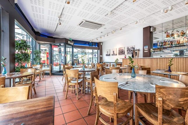 Thumbnail Restaurant/cafe to let in Hollybush Terrace, Westow Street, London