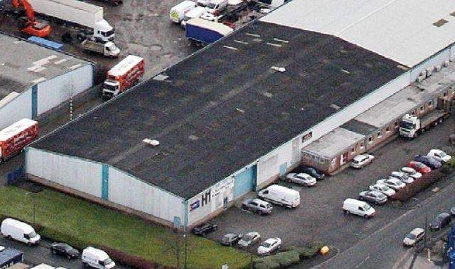 Warehouse to let in Unit Haydock Cross, Kilbuck Lane, Haydock Industrial Estate