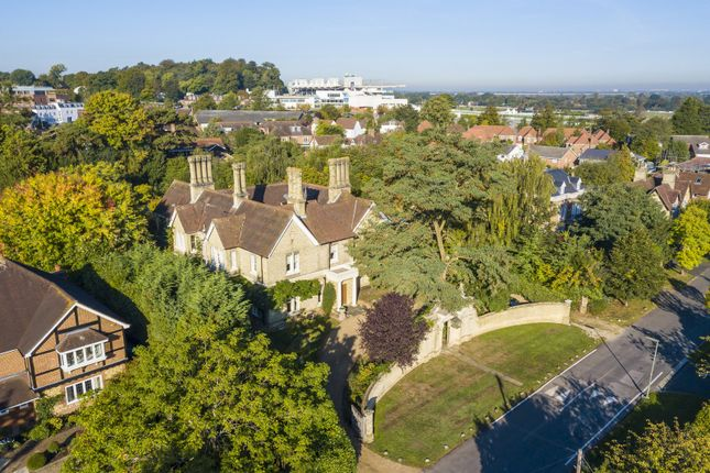 Thumbnail Property for sale in New Road, Esher