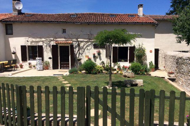Detached house for sale in 16350 Benest, Champagne-Mouton, Confolens, Charente, Poitou-Charentes, France