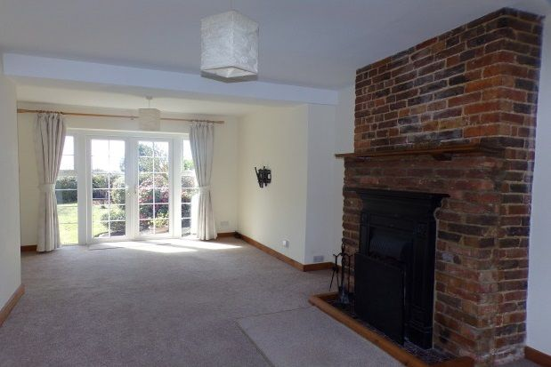 Thumbnail Property to rent in Lower High Street, Wadhurst