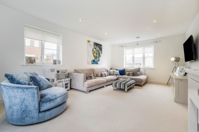 Sitting Room of Mowbray Close, Epping CM16