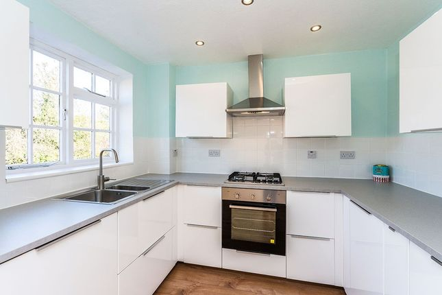 Thumbnail Terraced house for sale in Grange Road, Sutton