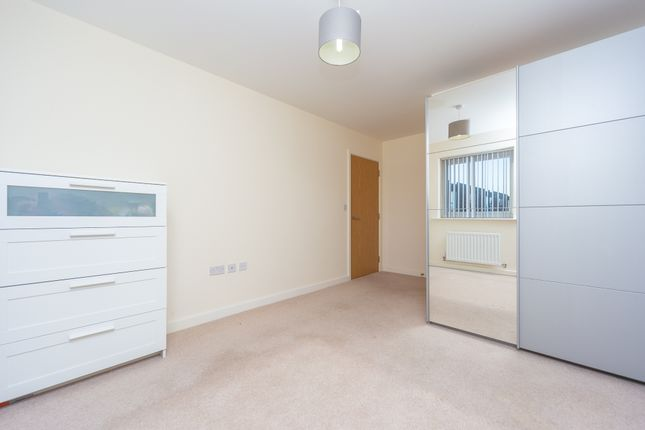 Bedroom 1 of Priory Point, 36 Southcote Lane, Reading RG30